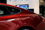 German Authorities concerned about Tesla's Auto Pilot Ads