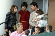 Katie Holmes Gives 10 PM Curfew To Self For Dauhther, Suri