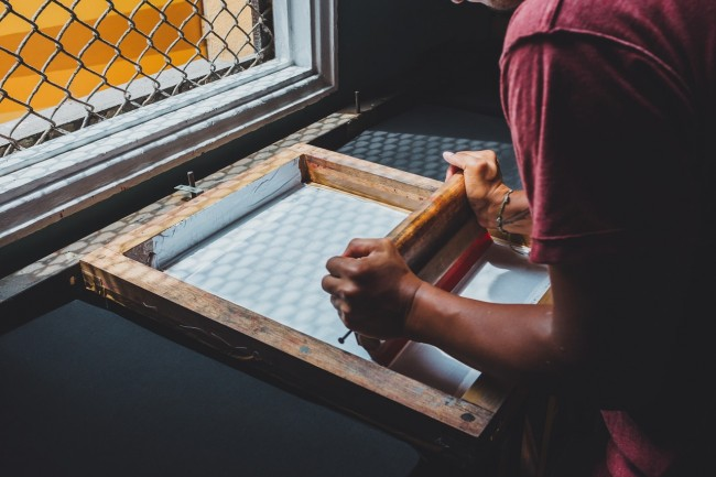 How to Manage Your Screen Printing Shop Responsibly