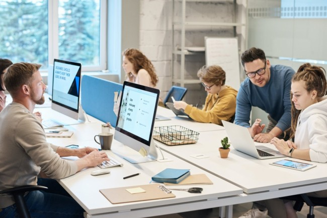 Top 3 Tips For Maintaining Safety And Health In The Office